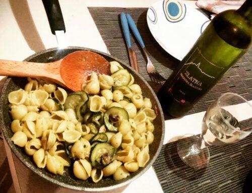 Le ricette di Vinamour… Conchiglie con funghi misti e zucchine