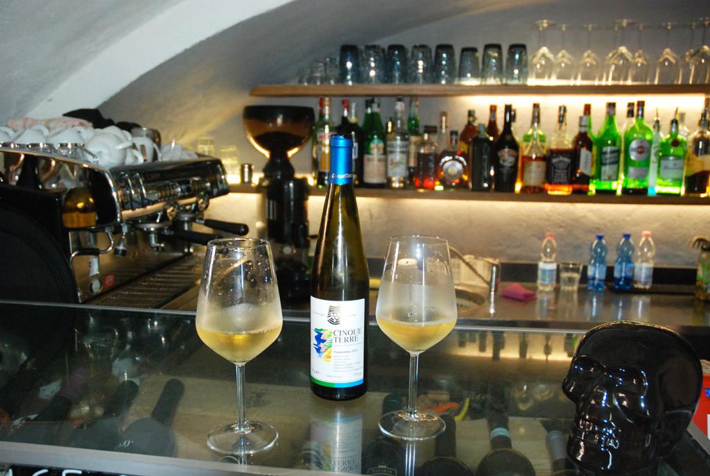 Vino-Cinque-Terre-Burgus-Wine-Bar